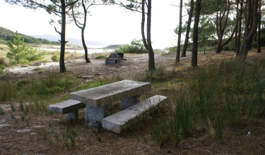 Picnic area on A Ermida beach